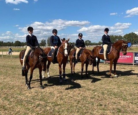 Arndell equestrian Greta April Gabby and Fynlay 3
